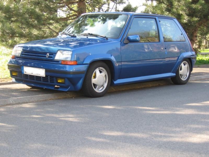 Renault 5 GT Turbo phase II Bleu lumiére 495  Photo_17