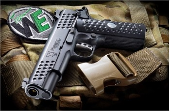 Arrivage 3 Airsoft  Kac_kn10