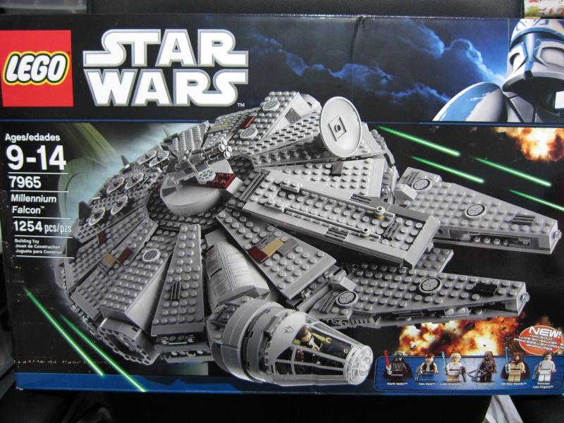 REVIEW: Lego Star Wars 7965 Millennium Falcon (2011) Img_5926