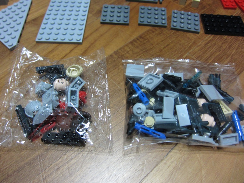 REVIEW: Lego Star Wars 7965 Millennium Falcon (2011) Img_5947
