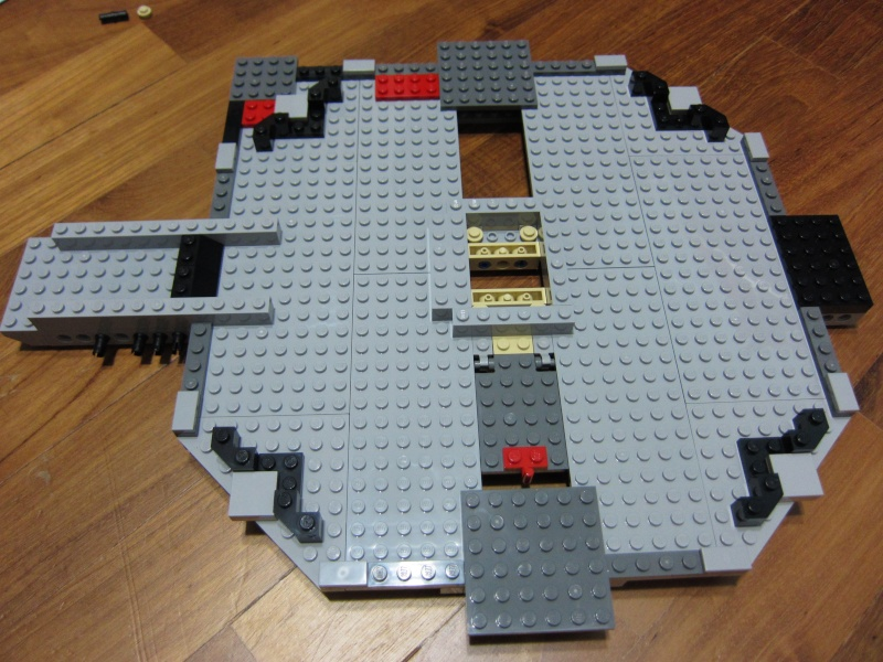 REVIEW: Lego Star Wars 7965 Millennium Falcon (2011) Img_5948