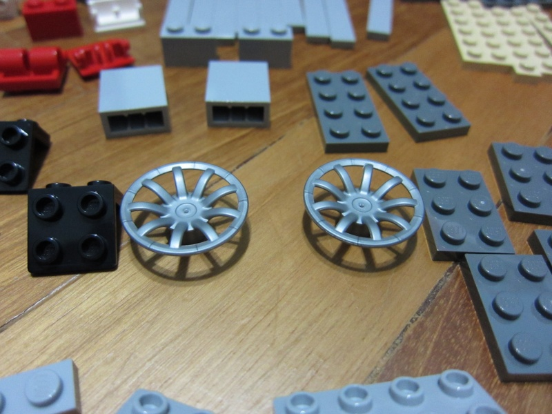 REVIEW: Lego Star Wars 7965 Millennium Falcon (2011) Img_5951