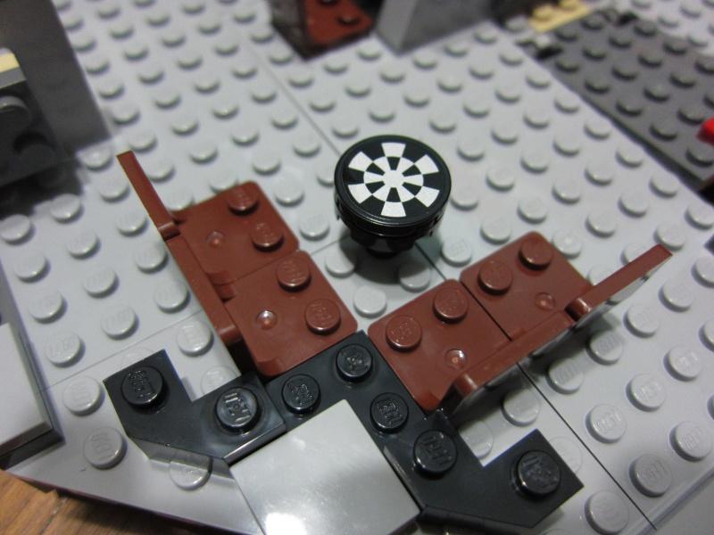 REVIEW: Lego Star Wars 7965 Millennium Falcon (2011) Img_5955