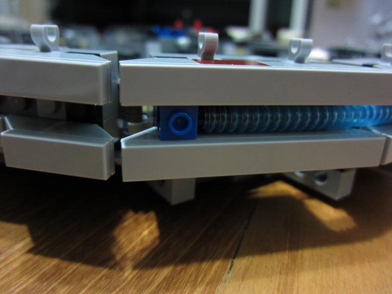 REVIEW: Lego Star Wars 7965 Millennium Falcon (2011) Img_5963