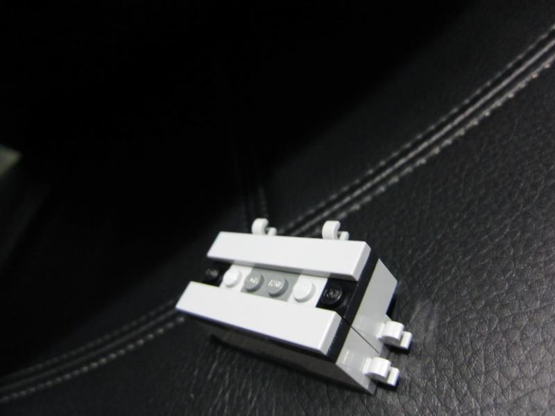 REVIEW: Lego Star Wars 7965 Millennium Falcon (2011) Img_5964