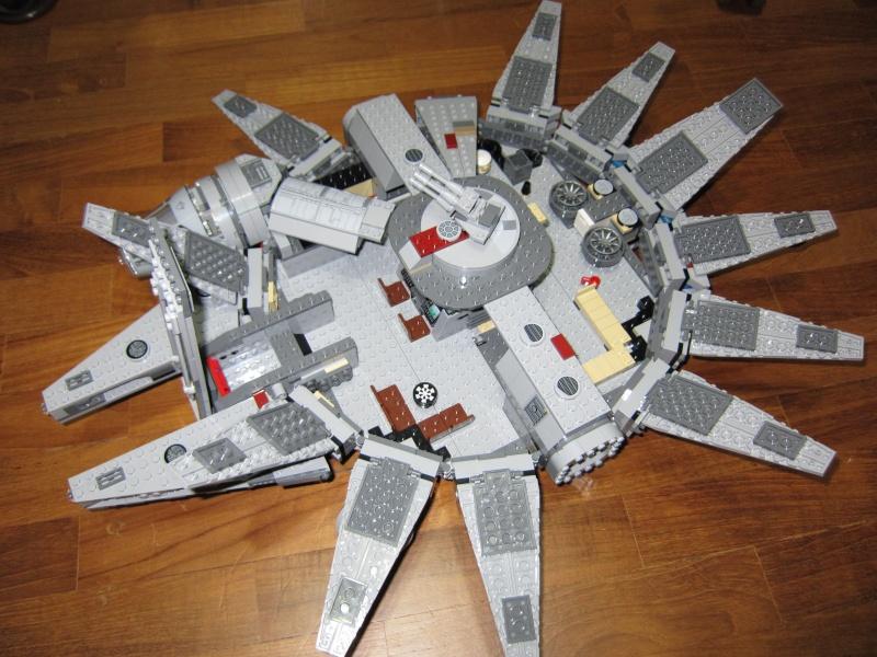 REVIEW: Lego Star Wars 7965 Millennium Falcon (2011) Img_6015