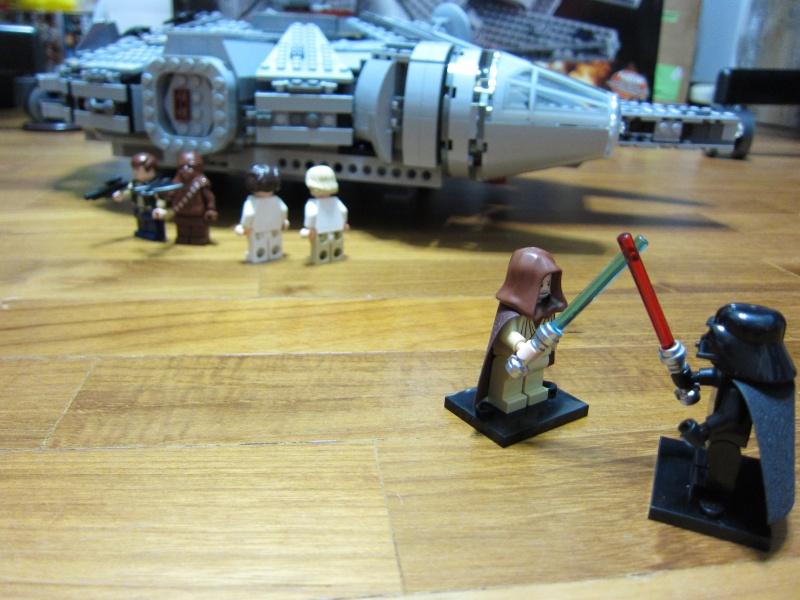 REVIEW: Lego Star Wars 7965 Millennium Falcon (2011) Img_6019