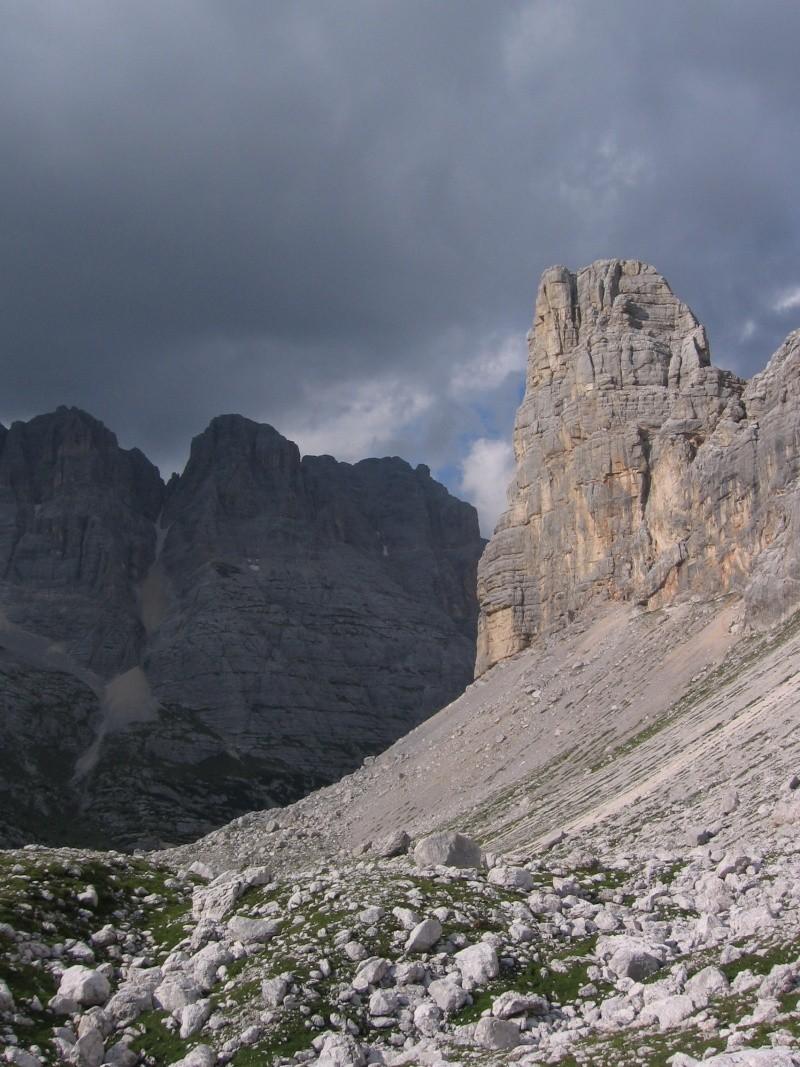 Il primo terzo grado in Dolomiti? Luigi, Santo e la Torre (chiude il Becco) 7011