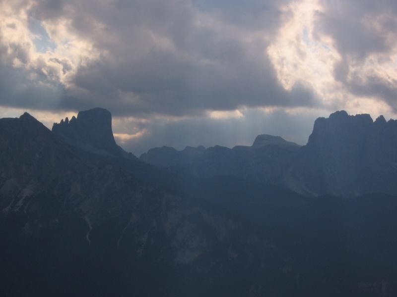 Il primo terzo grado in Dolomiti? Luigi, Santo e la Torre (chiude il Becco) 7110