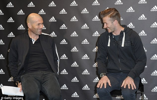 Becks says 'oui' to Paris St Germain  Zizou_10
