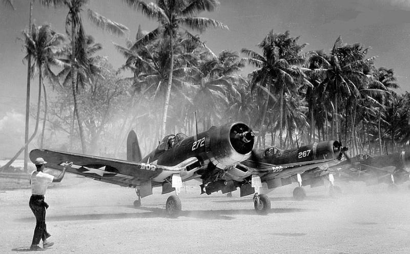 Le corsair F4U-A1 Corsai14