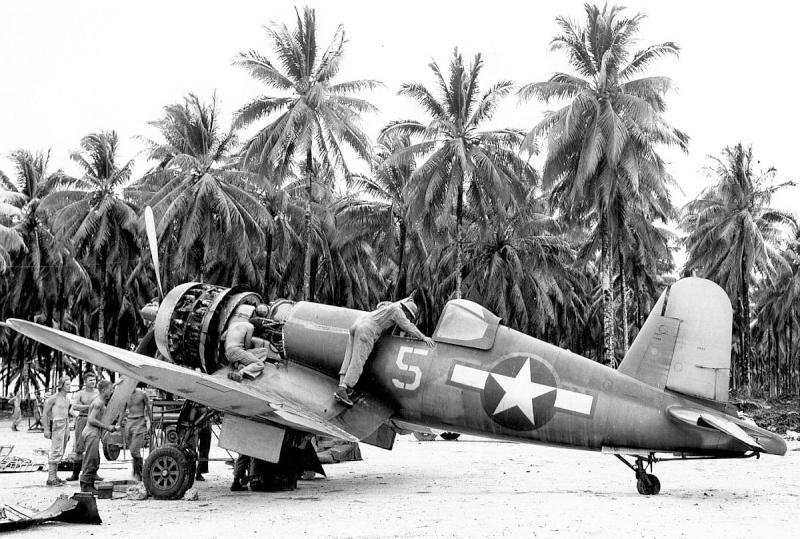 Le corsair F4U-A1 Corsai15