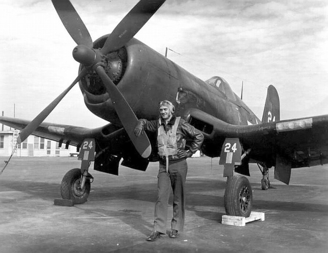 Le corsair F4U-A1 Corsai19