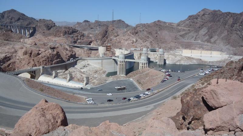 Bunker dans le desert Dsc05115