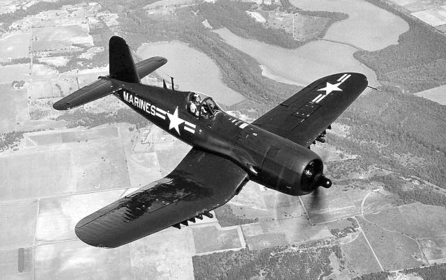 Le corsair F4U-A1 F4ucor12