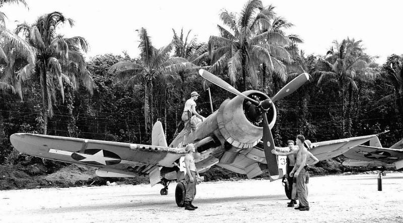 Le corsair F4U-A1 F4uu-111