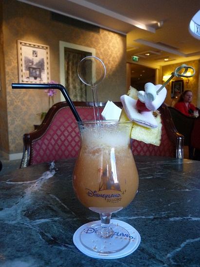 [Bar] Café Fantasia (Disneyland Hotel) - Page 2 111