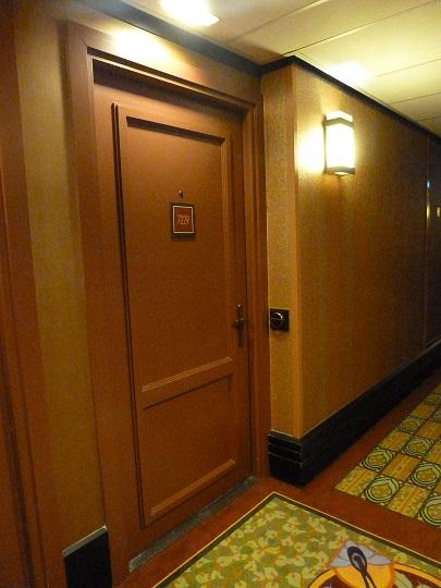 Vos PHOTOS des SUITES (Castle Club, Empire State Club,...) dans les hôtels de DLRP - Page 7 112