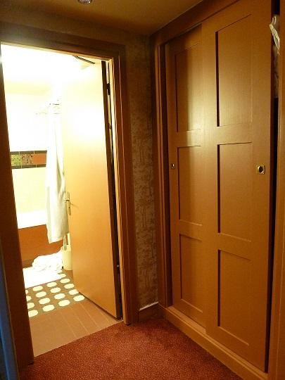 Vos PHOTOS des SUITES (Castle Club, Empire State Club,...) dans les hôtels de DLRP - Page 7 1410