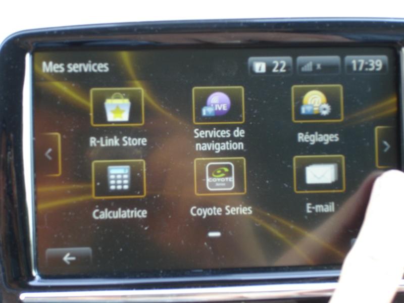 Ou trouver le N° de telephone de l'assistance Renault dans le RLINK ? Dsc07212