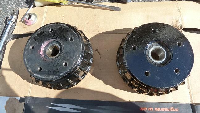 Bearings de roue des Tab P1100916