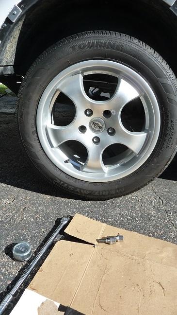 Bearings de roue des Tab P1100917