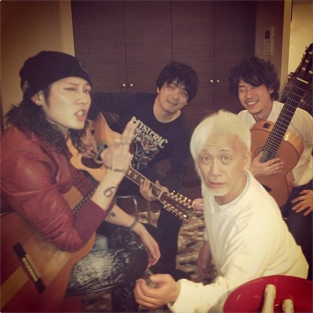 3 mars 2013 Band_b10