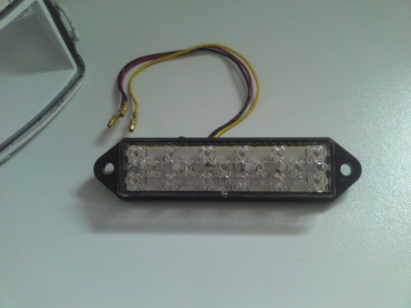 Tri-Bar LED à 10 Euros!!! - Page 5 Dsc00117