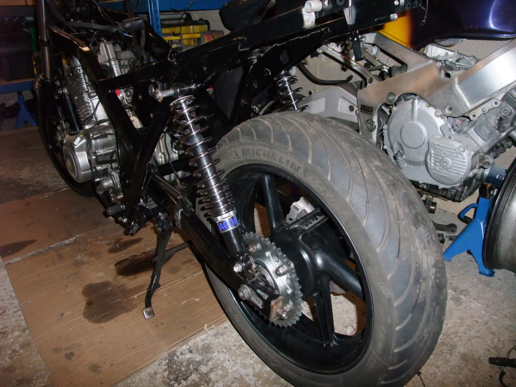 3 good, 3 bad - things about the cb500 Andy_b10