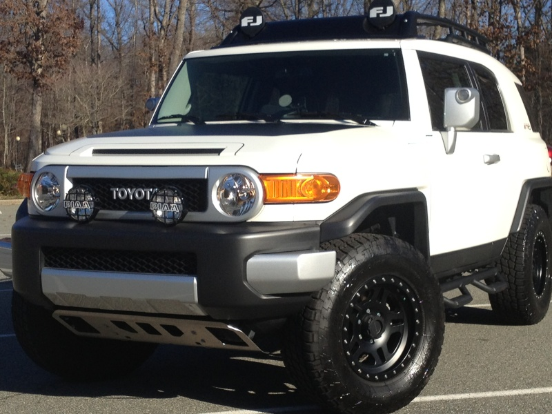2012 FJ White with great Mods. in Mebane NC. 2013_j10