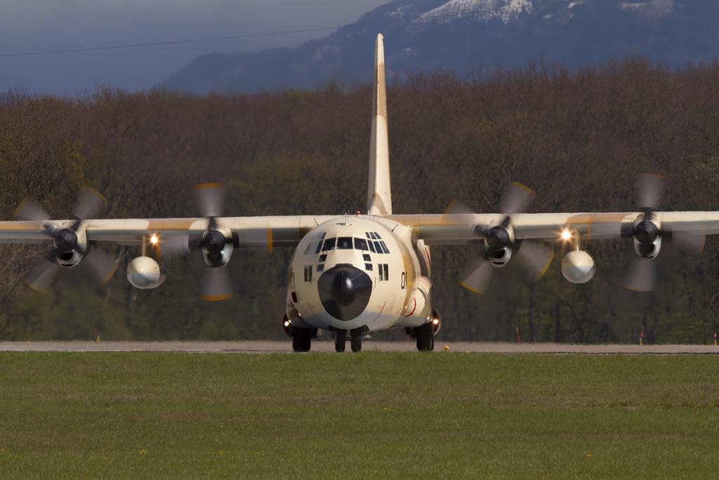 طائرات النقل العاملة بالقوات المسلحة المغربية 85790510