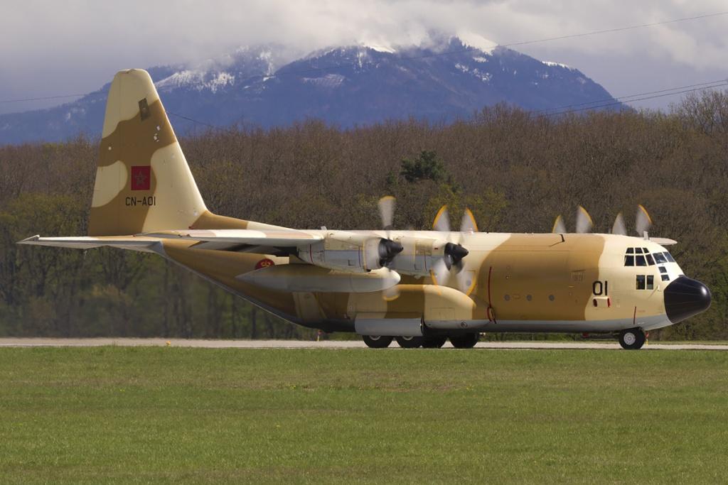 طائرات النقل العاملة بالقوات المسلحة المغربية 85801511