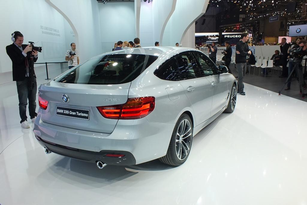 2013 - [BMW] Série 3 GT [F34] - Page 22 S0-en-12