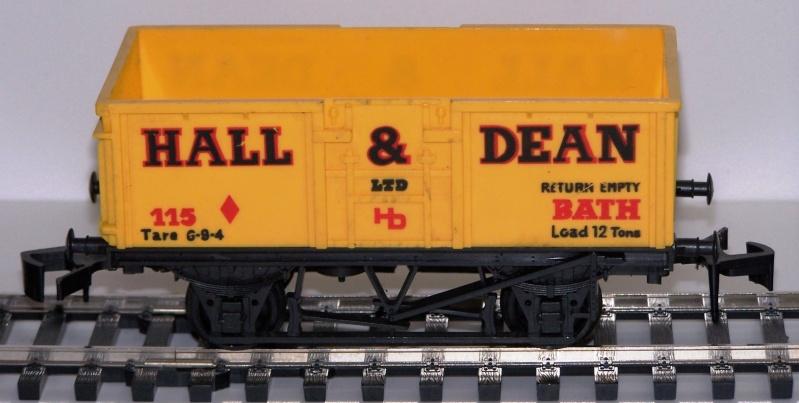 """Les différentes décorations du wagon tombereau """"Mineral"""" anglais de Lima Lima_o17"""