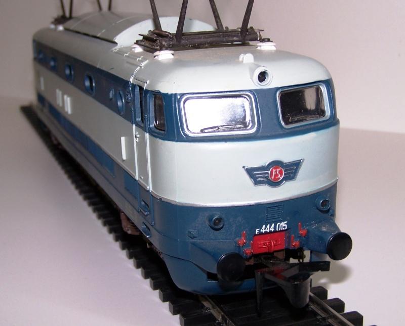 Tartaruga E444 054 Lima VS E444 015 Rivarossi Rivaro11