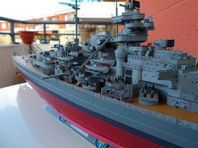 "Battleship ""BISMARCK"" 1/350 Revell - Page 2 511"