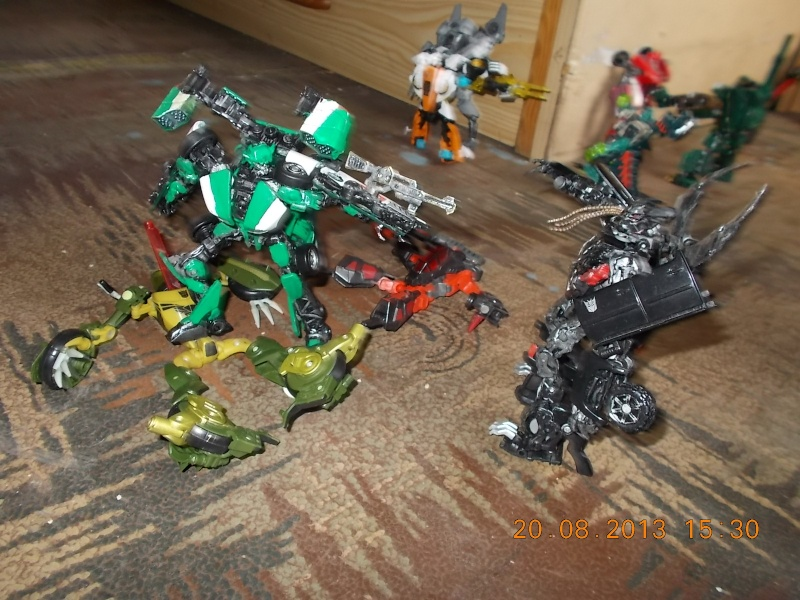 Vos montages photos Transformers ― Vos Batailles/Guerres | Humoristiques | Vos modes Stealth Force | etc - Page 9 Dscn0121