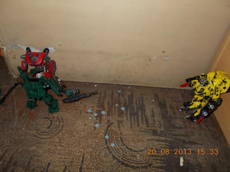 Vos montages photos Transformers ― Vos Batailles/Guerres | Humoristiques | Vos modes Stealth Force | etc - Page 9 Dscn0123