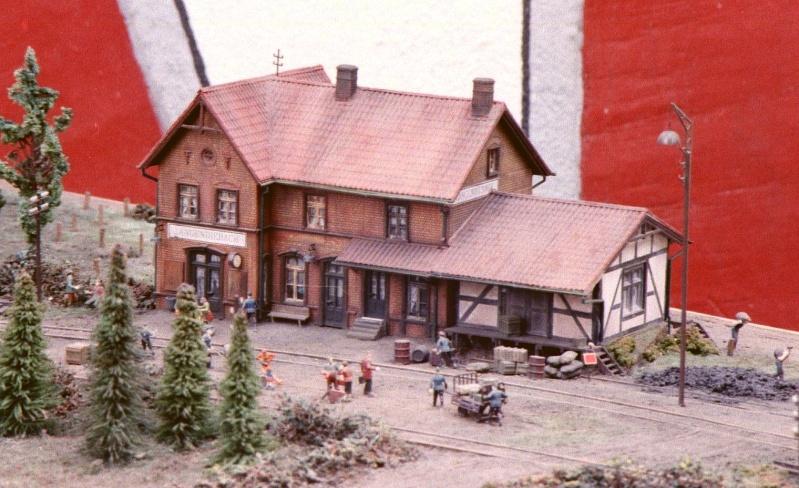 Hanauer Kleinbahn (Hanau - Langenselbold bzw. Hüttengesäß) in H0 Hanaue11