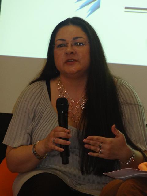 SALON DU LIVRE 2013 - Conférence : La littérature dans tous ses ébats Sylvia11