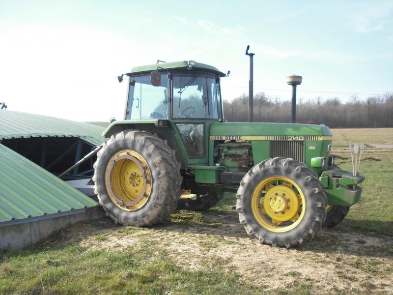 Photos de vos tracteurs - Page 5 Cimg1311