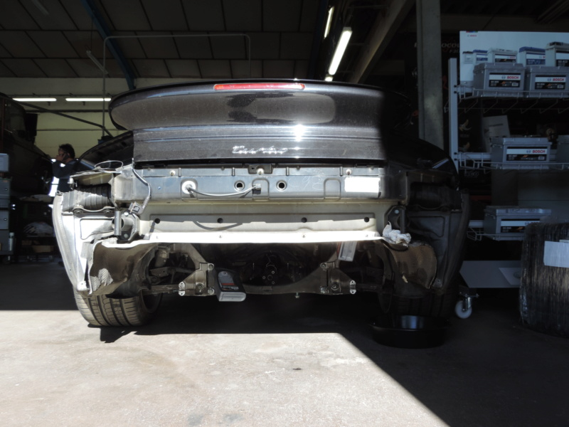 Refroidissement Moteur Porsche 996 Turbo Dscn0836