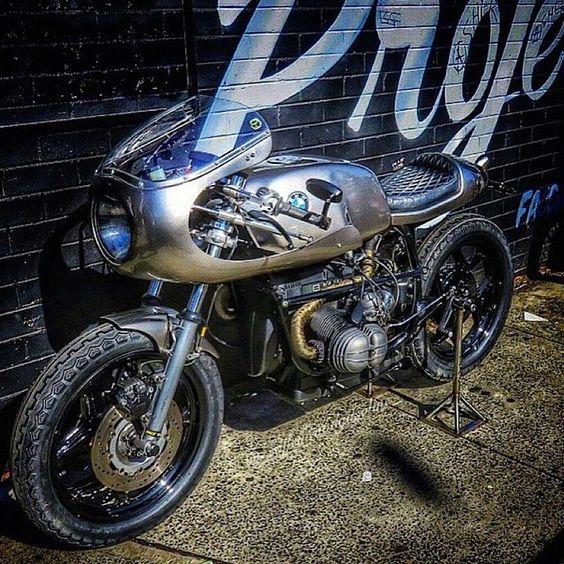C'est ici qu'on met les bien molles....BMW Café Racer - Page 11 641b0710
