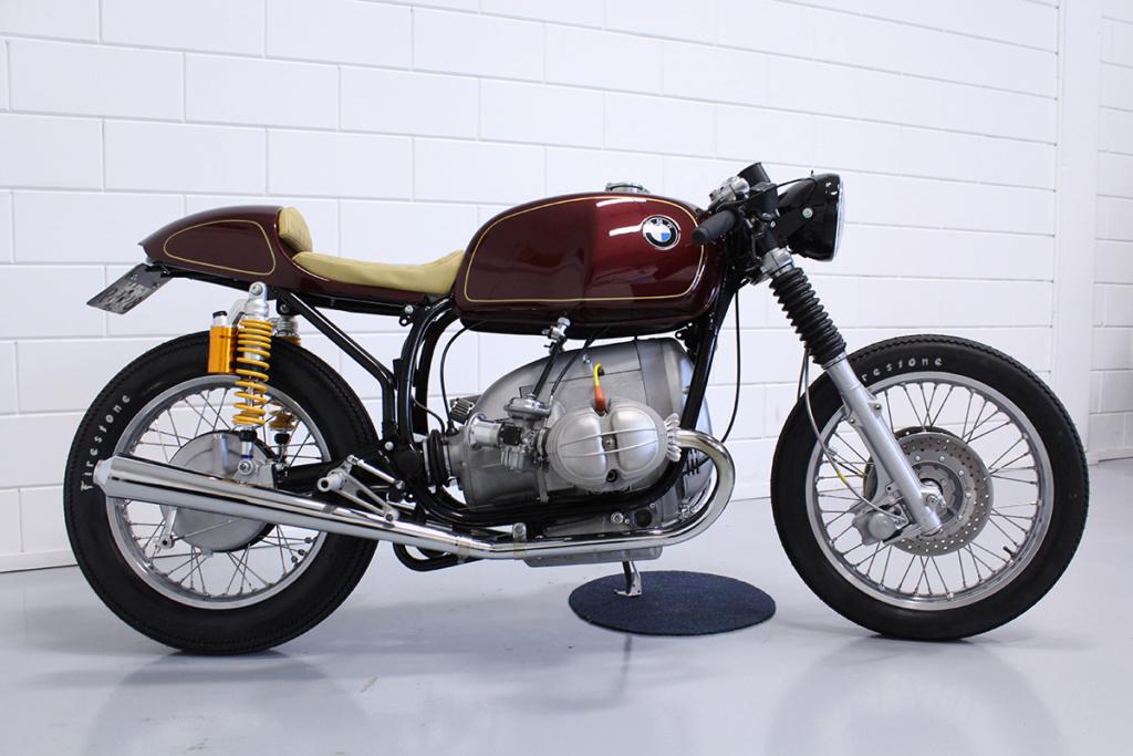 C'est ici qu'on met les bien molles....BMW Café Racer - Page 9 Lelimo10