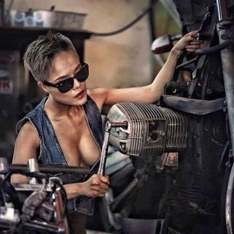 Les garages, les pièces mécaniques d'ici et d'ailleur.... - Page 33 Mercen11