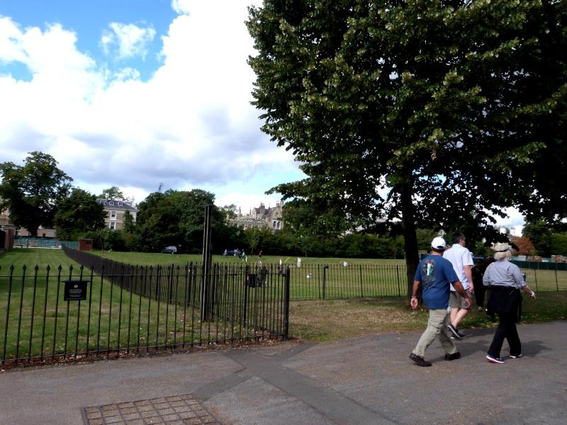 TR hors Disney, LONDON du 05.09 au 08.09 - Page 5 P1030263