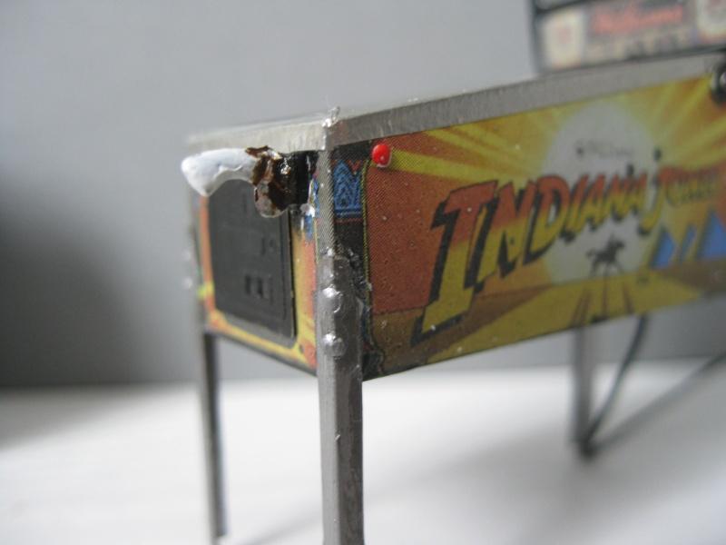 Accessoires diorama : le flipper au 1:25 Img_4117
