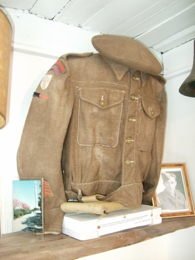 What is the Rarest WW II Canadian Battle Dress? - Page 3 Dscf1619