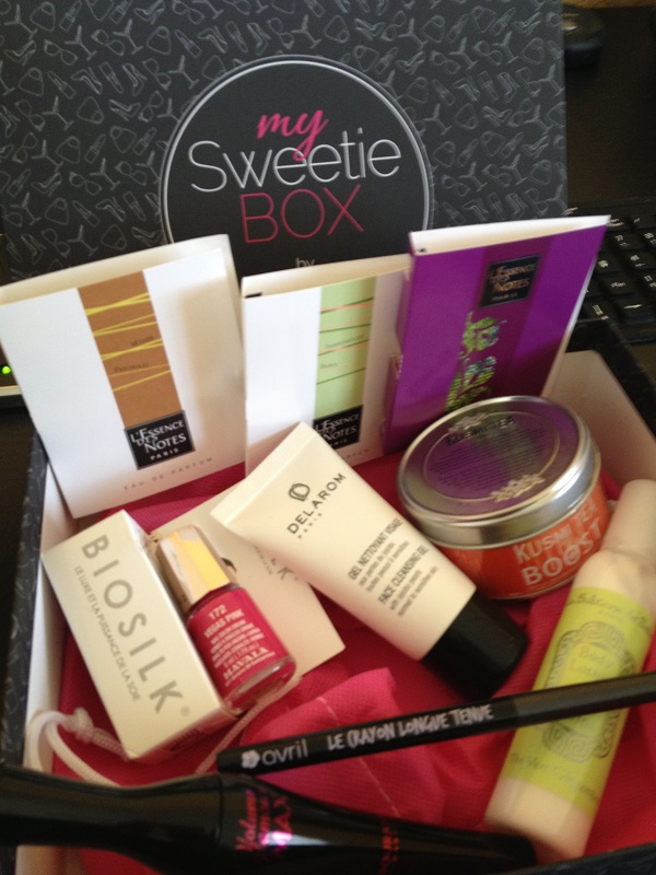 My Sweetie Box  - Page 5 Img_0935