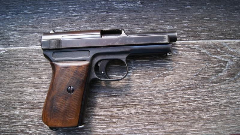 MAUSER Mod. 1910 Cal 7,65 Dsc06414